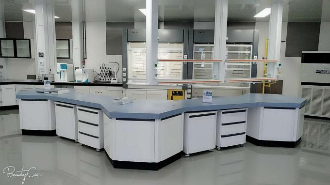 School Epoxy Resin Hexagon Laboratory Table Tops Chemical Resistance SGS / SEFA Listed